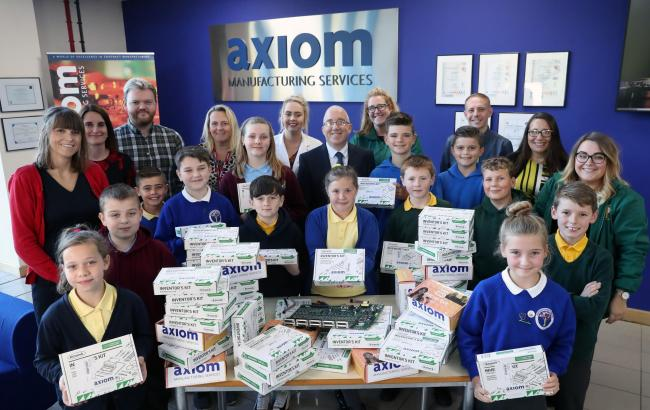Axiom Manufacturing Services donate inventor kits to local primary schools