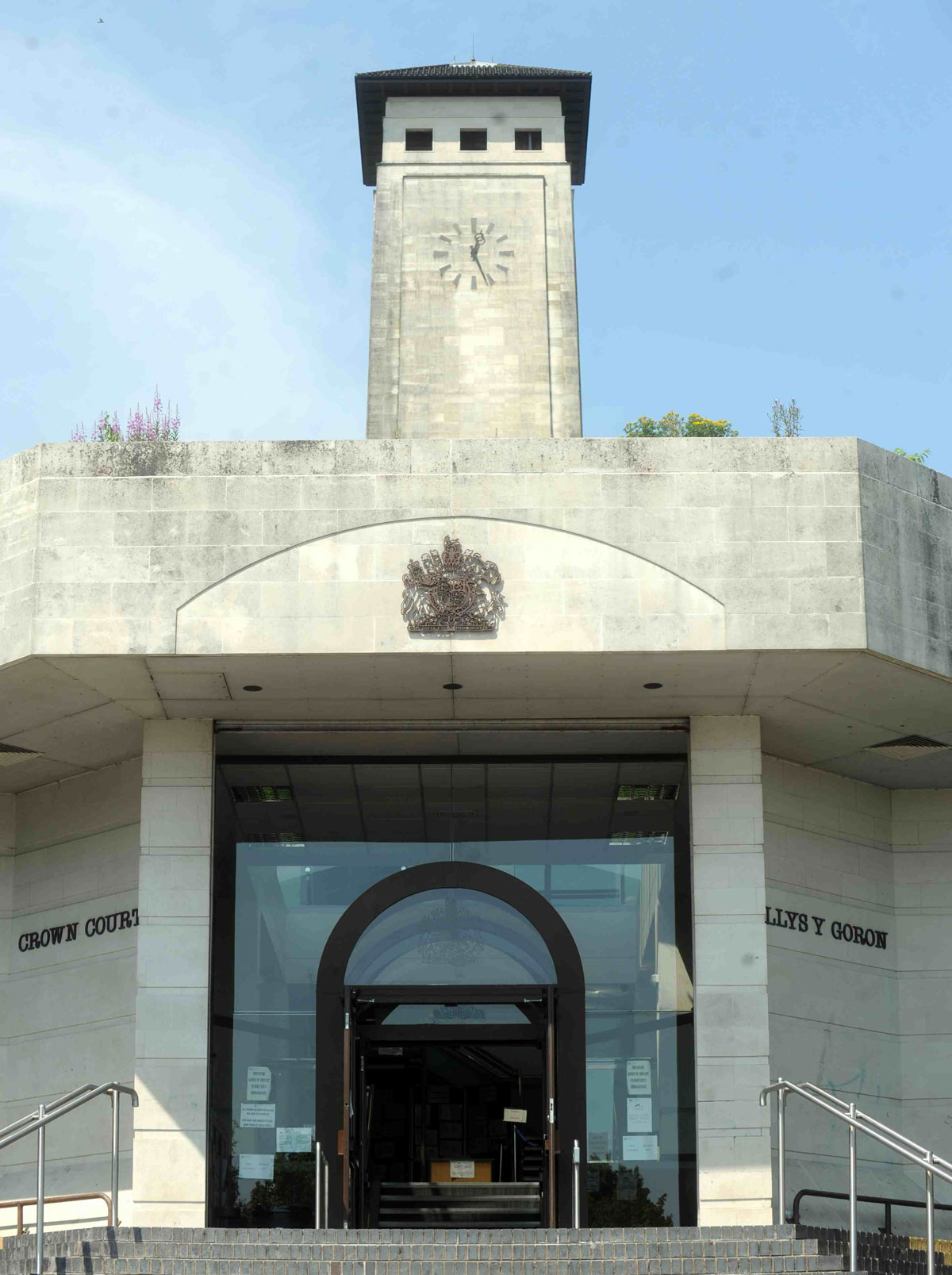 Burglar stole underwear from Pantside house appeared at Newport Magistrate's Court