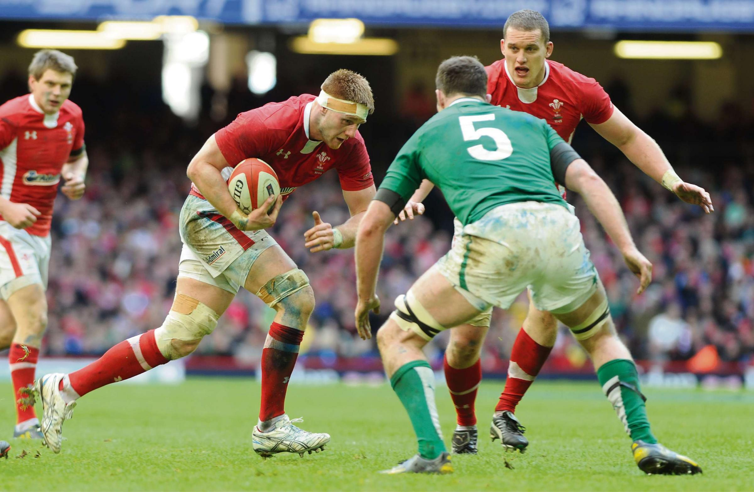 Gatland calls for Coombs to lead the Welsh charge