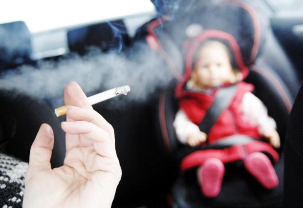 Wales set for ban on smoking in cars with children