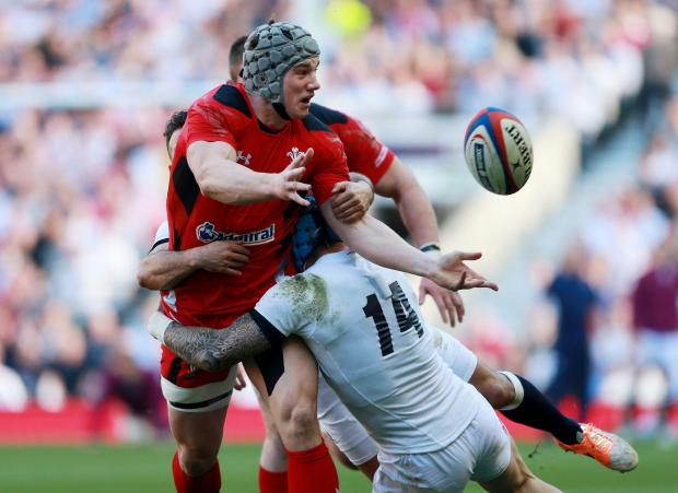 Campaign Series: TOUGH DAY: Jonathan Davies and his Wales teammates struggled against a rampant England