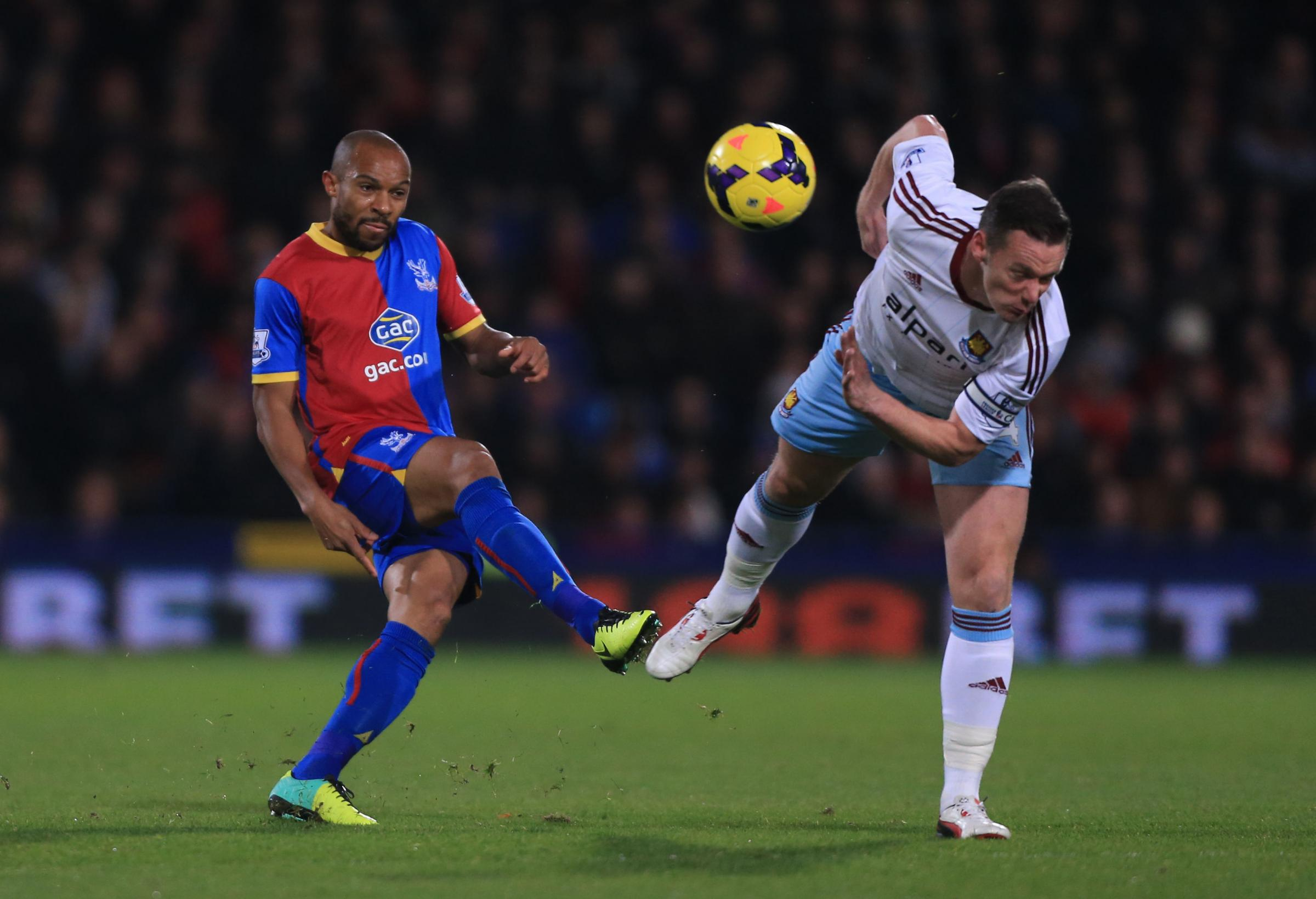 Crystal Palace's Danny Gabbidon (left) is challenged by West Ham United's Kevin Nolan during the Barclays Premier League match at Selhurst Park, London. PRESS ASSOCIATION Photo. Picture date: Tuesday December 3, 2013. Photo credit should read: Nic