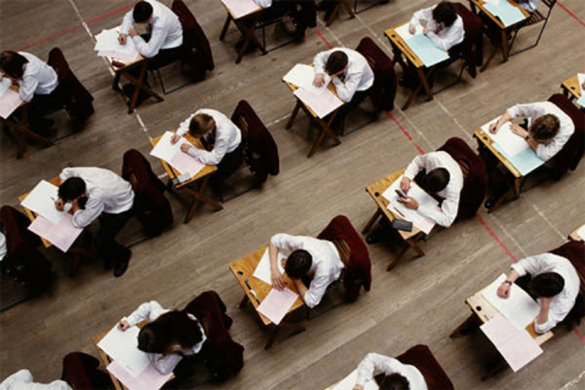 Pupil achievement gap narrows in Wales